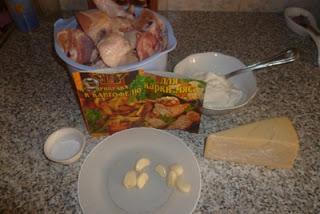 Сколько жарить курицу на сковороде крылья