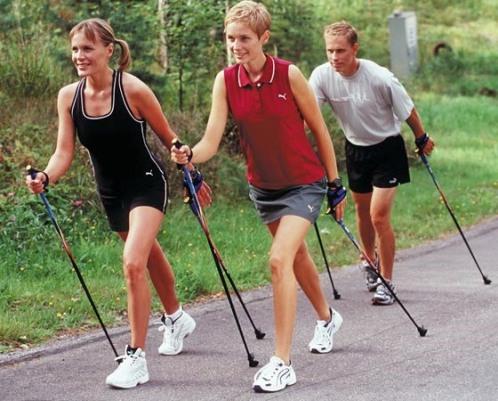 Скандинавская ходьба: в чем польза, как заниматься