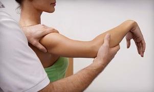 избавила от боли в правом плече Мануальная терапия помогает избавиться от боли в плече