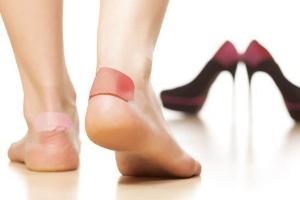 Как избавиться от мозолей на ногах народными способами