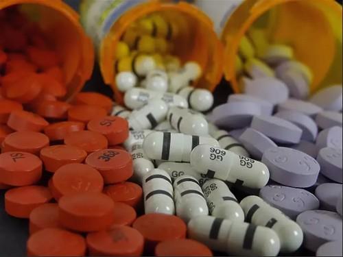 Болезни от лекарств – чем опасны побочные действия